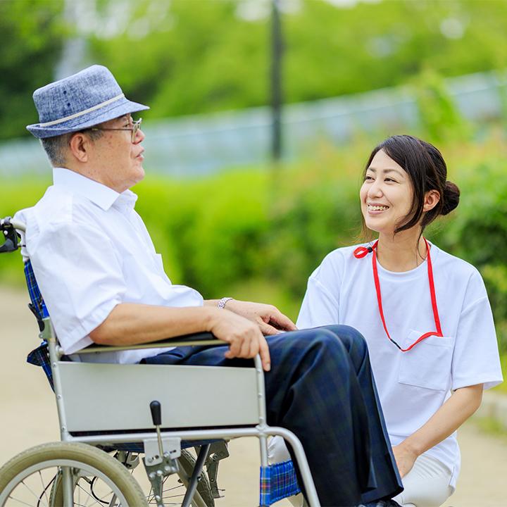 高齢者の体調変化に気づくために